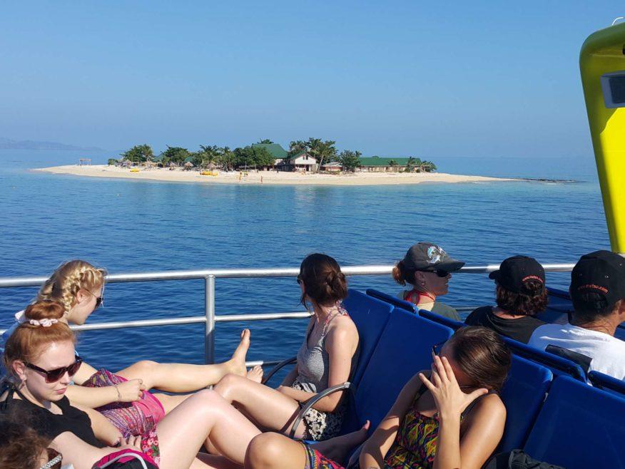 Mamanuca Island Explorer - 3 hour Cruise