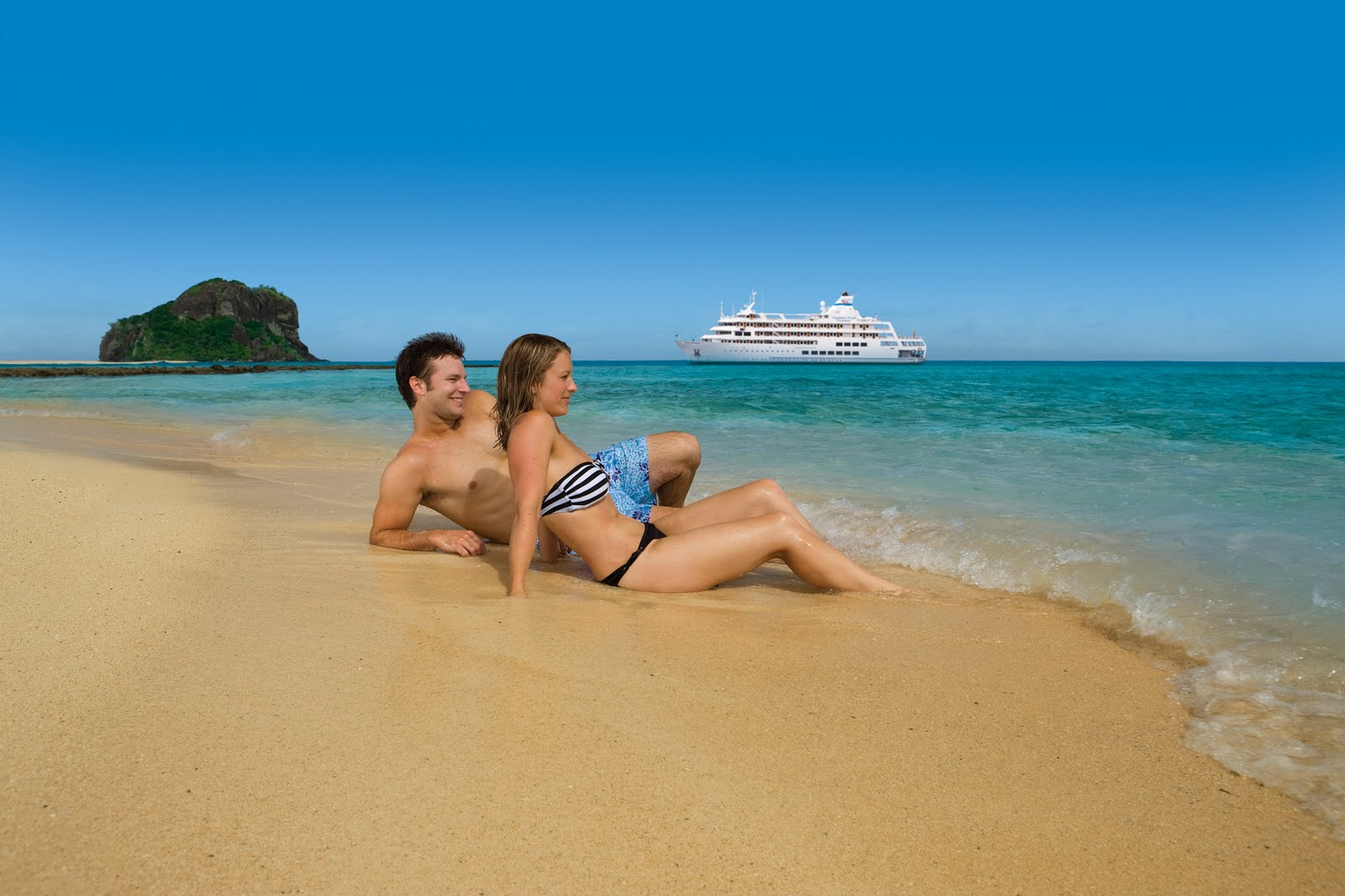 4-Night Yasawa Islands on Captain Cook Cruises - Early Bird Special - save $2210 FJD on STATEROOM per couple + No Credit Card Fees