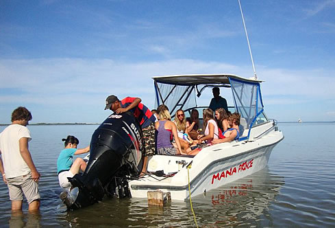 Private Small Boat Charter - 4 or 8 hrs Island Hopping & Fishing up to 5 Guests